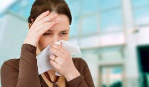 Чем вызвана сухость в горле