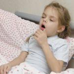 Отчего бывает кашель по утрам у детей и взрослых, насколько это опасно