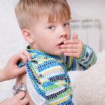 Сухой кашель без температуры у детей: насколько опасен, чем и как лечить